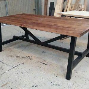 mesa industrial diseño a medida www.fabricadeforja.es